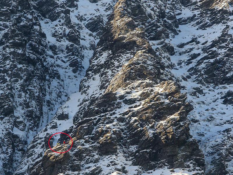 Climbers on Howling Ridge